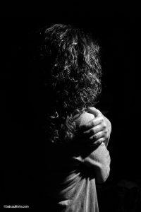 """""""Supiste romper todos mis escudos"""" (De Peces y Culebras - Mon Feijóo). La canción cuenta una historia de amor/desamor muy evocadora. En esa imagen he intentado concentrar la esencia de la historia. Guillermo Baixauli"""